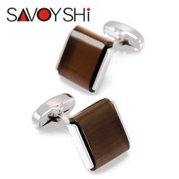 a70bd2ba88f SAVOYSHI Clássico Low-key Opal Abotoaduras de Luxo para Homens de Alta  Qualidade Da Marca Quadrada Pedra Do Olho de Gato Marrom Abotoaduras de  Prata Jóias ...