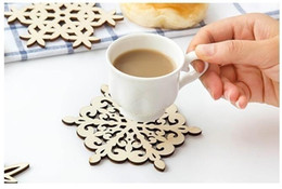 Wholesale Fashion Coasters - Snow Shape Kitchen Heat Insulation Pad Fashion Wooden Coasters No-slip Dish Mat Wedding Supply