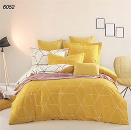 Wholesale Red Rose King Size Bedding - Camel yellow white geometric plaids 40S cotton duvet cover bed sheet pillowcases 4pcs bedding set queen king size linens B6052