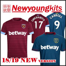 Wholesale Red Ham - 2018 19 West Ham United home red soccer Jersey away blue 18 19 CHICHARITO Football uniforms CARROLL SAKHO AYEW LANZINI soccer shirt
