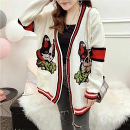 2019 suéter de coelho angorá Seiwnibu Runway Mulheres camisola de malha Dog Bordados Striped Red Contraste Bege tricô solto v-neck Cardigan Feminino Outwear