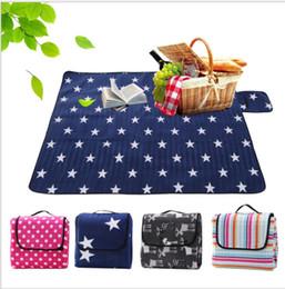 Wholesale padded picnic blanket - 3 size Foldable Outdoor Camping Mat Pad Picnic Mat Pad Blanket Baby Climb Plaid Blanket Waterproof Moistureproof Beach Mat KKA4879