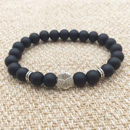 gioielli in pietra nera Sconti Charms in metallo Casual Fiore 8mm Matted Black Stone Beads Bracciale Fashion Punk Jewelry Filo da donna vintage