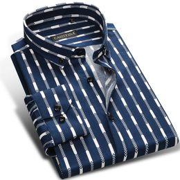 Полосатое красное платье онлайн-Men Striped Shirt Long Sleeve Boys  100% Cotton Male Fashion Casual Dress Shirts Blue Red White Business Plus 4XL