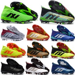 Wholesale cheap mens soccer cleats - Original Predator 18.1 Mens FG Football Boots Free Shipping 2018 Techfit Laceless High Ankle Soccer Cleats Cheap Soccer Shoes New
