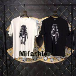 fe7a8811e 19ss Spring Summer Luxury Europe Paris Galaxy Astronaut T-shirt Fashion Men  Women Cool T Shirt Casual Tee