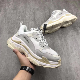 Wholesale Women High Heels Sneakers - Authentic 2018Balenciaga New Triple S Casual Shoe Man Woman Sneaker High Quality Mixed Colors Thick Heel Grandpa Trainer Shoes