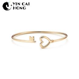 YCH 925 encanto de plata esterlina Original amor clave pulsera 14 K color oro mujeres vitalidad distinguida regalo de la joyería simple desde fabricantes