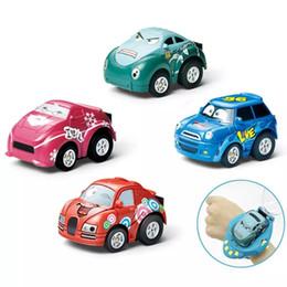 Montres rc en Ligne-Gravity Sensing 4CH voiture de contrôle de voiture RC voitures avec contrôleur de montre portable 4 couleurs cadeau de voiture de contrôle à distance pour les enfants