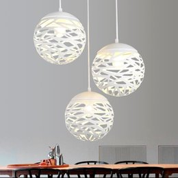 2019 suspensions contemporain Moderne LED suspension fer lumière creuser boule de métal lampe salon chambre boutique bar luminaire contemporain décoration décoration suspensions contemporain pas cher