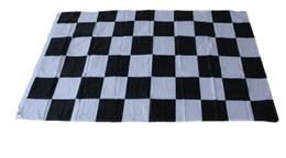 Bandeiras brancas baratas on-line-Atacado para banners preços baratos, 90 * 150 cm, 3 * 5ft Preto e Branco Malha Bandeira de Corrida, Racing Checkered Bandeira Flag Punching