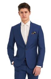 Los últimos diseños de la capa de la chaqueta 2018 Royal Blue Men Suit  Smart Casual Business Meeting chaqueta de la chaqueta para hombre trajes de  boda 2 ... dc7bced8647c