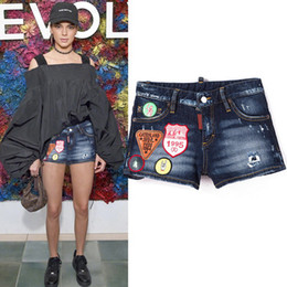 Wholesale hot slim patch - Women Denim Shorts Cool Girl Multi Embroidery Patches Distressed Bleach Wash Fashion Short Jeans Summer Hot Shorts