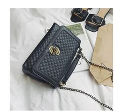 Wholesale grey chevron bag - High Quality Women's Calfskin Boy Flap Shoulder Bags 67086 Aged Silver Hardware 2018 Female Black Chevron Handbags Free Shipping