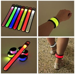 2019 braccialetti decorativi Nylon LED Sport Slap cinturini da polso cinturino cinturino braccialetto flash luce incandescente bracciale flare cinturino da concerto cinturino da concerto sconti braccialetti decorativi