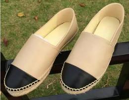 panni pvc Sconti 2018 Nuove donne Scarpe di tela casual Espadrillas di primavera Scarpe di stoffa di alta qualità per donna Scarpe da passeggio di moda Scarpe da ginnastica bicolore Lady Canvas