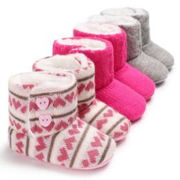 Invierno recién nacido infantil bebés niñas niños bota de ganchillo de punto de lana suave inferior unisex cálida zapato lindo niño botas de nieve zapatos 0-18M desde fabricantes