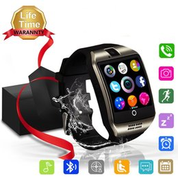 Smart watches for boys online-Q18 Smart Watch Smartwatch Bluetooth Sweatproof Phone con cámara Ranura para tarjeta TF / SIM para teléfonos inteligentes Android e iPhone para niños niñas