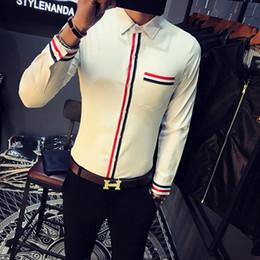 Top Qualité Chemise Hommes Printemps Nouveau Slim Fit Casual Hommes Rayé Chemises À Manches Longues Avant Poche Conception Night Club Tuxedo Chemise Homme ? partir de fabricateur