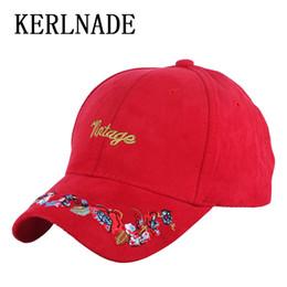 Mulheres nova moda boné de beisebol chapéu de algodão de alta qualidade  falso floral branco sólido preto menina casual caps 8bbb3b286a2