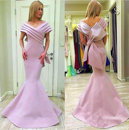 2020 mnm abiti da couture Mnm Couture Pink Stain Big Bow Mermaid Prom Gowns Abiti formali 2018 Off Shoulder Plus Size Lunghezza Dubai Arabian Evening Wear Gown mnm abiti da couture economici