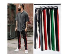 2019 pantalón de estilo urbano Al por mayor-Nueva Side Zipper Pants Hip Hop Style Moda Urban Sports Running Clothing Crawler pierna Zip Vintage jogger pantalones negro rojo blanco rebajas pantalón de estilo urbano