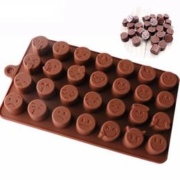 El nuevo Silicone Chocolate Mould 28 incluso QQ expresión personalidad hielo modelo de dibujos animados lindo DIY molde de silicona desde fabricantes