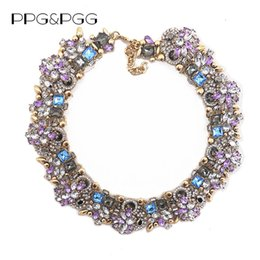 Gargantilla de cristal morado online-Venta totalPPGPGG Joyería de moda para mujer Collar de diamantes de imitación de lujo Púrpura Bib Gargantilla Declaración Collares Colgantes