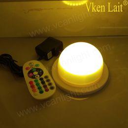 Base iluminada a pilhas on-line-12 Pçs / lote SMD5050 bateria a cores Led vasos de mesa de casamento Central de Mesa Base de Luz para a decoração do partido