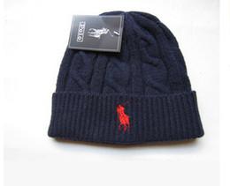 Hight qualité bonnets polo hommes femmes automne hiver petit bonnet bonnet de sport décontracté casquette de ski gorro noir gris bleu rouge casquettes avec tête ? partir de fabricateur