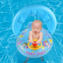 rosa bambino galleggiante Sconti La sede gonfiabile di nuoto del bambino galleggia con l'acqua di estate dell'ombra mobile con gli strumenti interessanti Rosa e blu