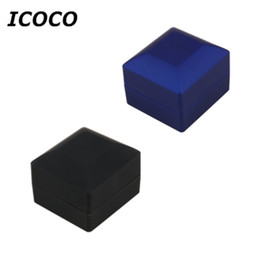 Wholesale led for jewelry display - ICOCO Novelty LED Lighting Case for Earring Gift Box Wedding Ring Jewelry Display Packaging Organizer Storage for Engagement