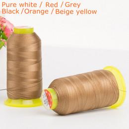 Sofá gris negro online-Hilo de coser blanco / negro / rojo / gris crudo de poliéster de alta durabilidad para cuero / jeans / sofá 300D de espesor