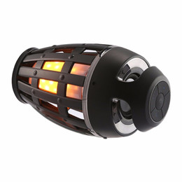 Canada Lumières LED Flame avec haut-parleurs Bluetooth Haut-parleur portable extérieur scintille jaune chaud 5W 2000mAh LED Flame Light Bluetooth Offre