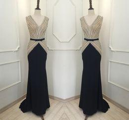 2019 robe de robe de poisson Fret gratuit de haute qualité New Fish Tail Robes V col rouge vert main robes de soirée à la main robes de soirée HY688 promotion robe de robe de poisson