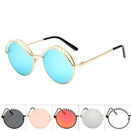 Yuvarlak Metal Güneş Gözlüğü Inci Dekorasyon Kaş Gözlük Unisex Moda Gözlük Retro Vintage Güneş Gözlüğü Açık Gözlük D0024 nereden güneş gözlüğü kaş tedarikçiler