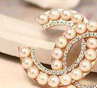 Wholesale 14k Brooch - Elegant Women Fashion Women Shiny Crystal Pearl Brooches Double Letter Brand Design Broach Lapel Pin Jewelry Accessories 14K