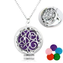 Wholesale Heart Pendant Filigree - Filigree Hollow Aromatherapy Perfume Locket Essential Oils Diffuser Necklace Locket Pendant Alloy Heart Design Necklace Women Jewelry