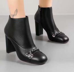 Women Style schwarz Kette Stiefeletten Mode Zip Boots Echtem Leder High  Heel Party Schuhe Frauen Größe 35-40 ankle boots chain women Werbeaktion f9670cd25e