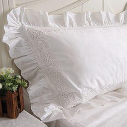 Canada 2pcs nouveau blanc satin dentelle taie d'oreiller à volants de style européen élégant taie d'oreiller brodé de luxe literie taie d'oreiller sans remplissage cheap embroidered white pillow cases Offre