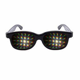 Canada 1pcs lumière diffraction prisme rave verres en plastique avec ambre / émeraude 13500 lentilles de réseau cheap rave plastic Offre