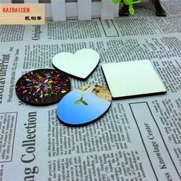 Imanes del corazón online-Moda bricolaje sublimación en blanco redondo cuadrado corazón estrella imán de nevera MDF para la transferencia de calor de prensa de la máquina de regalo