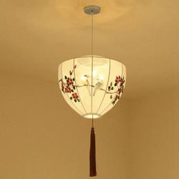 Lámpara colgante china online-Chino pintado a mano Palacio Linternas Restaurante Colgante Luz Balcón Corredor Lámpara Colgante Pastoral Pájaros Lámparas Colgantes de Dormitorio