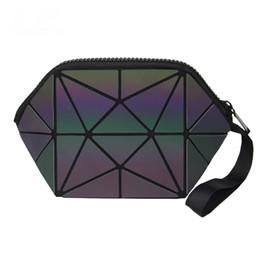 Bolsa de viaje plegable online-2018 multifunción geométrica cremallera bolsa de cosméticos mujeres luminoso maquillaje bolsa para mujer cosméticos organizador de viaje plegable maquillaje bolsa al por mayor