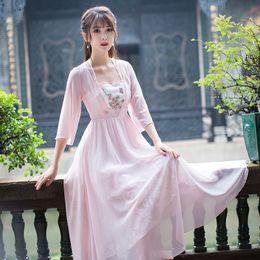 744f275be 2019 vestido étnico vintage Chinaese estilo Hanfu vestido bordado mujeres  de manga larga vestido de gasa