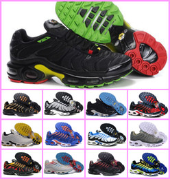 Wholesale new designed shoes - VaporMax 2018 New Design Top Quality TN Mens TrAinErs shOes Breathable Mesh Chaussures Homme Tn REqUin Noir Casual RuNnING ShOes Size 7-12