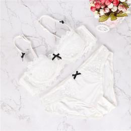 2019 media taza 2018 nuevas mujeres más tamaño sujetador sexy conjunto  íntimo bordado media taza lencería a402d8aa347a