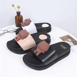 Lindas zapatillas de oso online-Mini Helisha Lindo Oso Patrón Mujeres Zapatos Suela Gruesa PVC Aire Soplando PCU Zapatillas