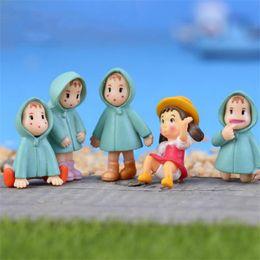 Cappotti da ragazza online-Hayao Miyazaki Doll Loving Girl Raincoat Xiaomei Dolls Micro Landscape Anime Cartoon Figurine Fairy Garden Miniature 0 85qf ff