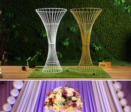 Wholesale floor standing candelabra - mental iron floor standing golden candelabra with flower bowl , candelabra flower centerpieces